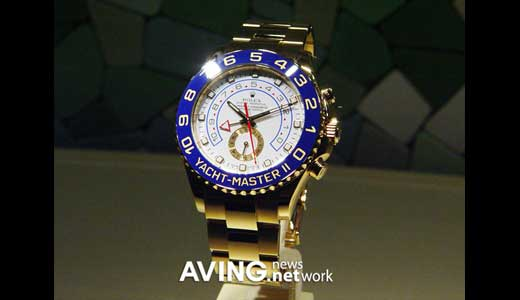 ROLEX, the mercedez of wristwatch, introduced new wristwatch 'Oyster Perpetual Yacht-Master II regatta chronograph', it was happen during BaselWorld 2007 in Switzerland. Available in two luxury colors of choices: white gold and yellow gold, the blue color bezel YACHT-MASTER II comes with unique features such as mechanical memory to countdown […]