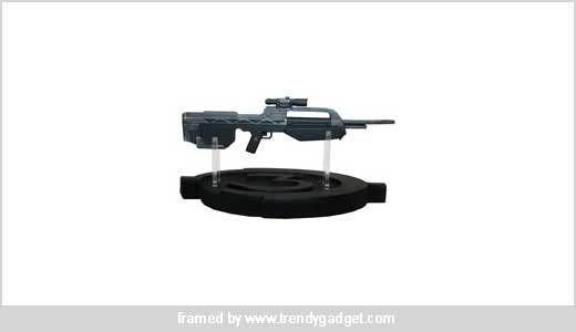 "Wow, cool man, i think this is one of the most waiting gun this year, Halo 3 Weapon BR55 Battel Riffle. Schedlued to ship in September, the weapons is published by Master Replicas and you can find the product at gamestop.com. ""Finally we dont have to just think about it, […]"