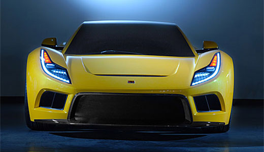 Saleen showing off its new supercar S5S Raptor during the New York Auto Show. With the expected price of $185,000, this sport car consumes E85 ethanol to move with 650 horsepower achieving 200 mph of top speed. Other features include a 6-speed manual.