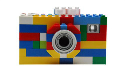 The well known kid toy manufacturer 'Lego' soon will offer you and your kids high-end toys, still with classic style 'brick brick brick-based design'. In partnership with Digital Blue, Lego to produce digital cameras and other popular electronic devices such as MP3 player. No details yet about the technical specs, […]