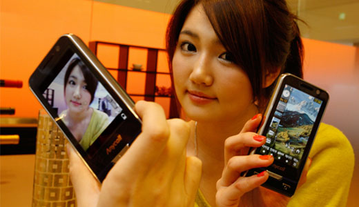 Priced at $660, the new Samsung SCH-W740 joining the 8 megapixel phones market to compete with LG's Renoir or Nokia's N86. The SCH-W740 sports a 3.3-inch touchscreen, HSUPA, Bluetooth 2.0, an e-dictionary, T-DMB TV tuner and loads of haptic feedback. Regarding camera functionality, this device comes with face detection, scene […]
