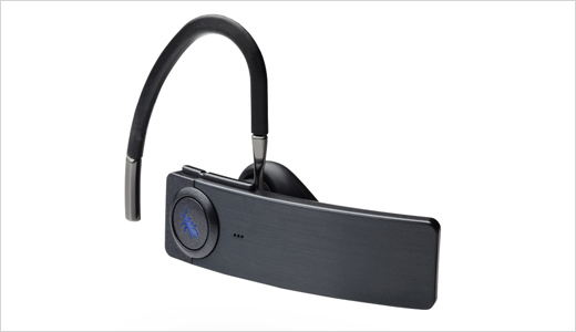 "Claimed as the world's most advanced voice controlled Bluetooth headset, the new BlueAnt Q1 just announced by BlueAnt Wireless. The headset allows user to control phone functions by using their voice. The supported command include ""Redial"", ""Call back"", ""Answer/ignore call,"" and ""Check battery."" To get help, users can even ask […]"