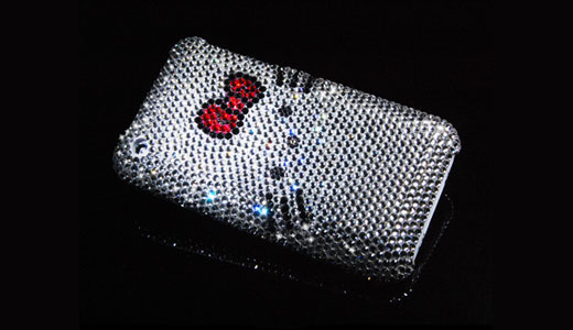 Available from dsstyles.com, this Hello Kitty Swarovski Crystal Case features more than 1,000 pcs Swarovski crystals, and it's said to be believed of course. It's priced at $289.9 and designed for iPhone 3G, and I am sure it's also fit the new iPhone 3GS. All crystals are 100% genuine from […]