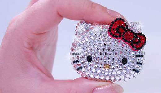 The new Hello Kitty music player has been unveiled by Mouse Computer in Japan recently. Crafted with 300 pieces of Swarovski crystals, the player can play both MP3 and WMA format. Regarding battery life, it lasts 10 hours of continuous playback time that enough for your pleasure times. Measuring 47.2 […]