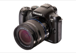 Mentioned as an innovative digital camera, the Samsung NX10 will be on display at CES 2010 starting next Thursday and will be available for end users in Spring 2010. The Samsung NX10 features both in-depth manual controls and a Smart Auto function that automatically selects the best shooting mode based […]