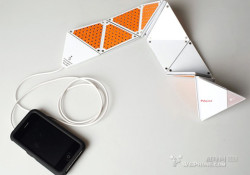 I don't think I've ever seen something cool like this speaker, a foldable one. Designed by a Chinese designer, Mr. Chun-Chieh Yang, the ultra-portable iPhone speaker comes with paper-shape in white/orange combination. Did I mention origami?