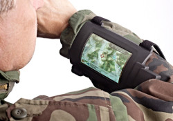 Universal Display announced that the company has delivered eight novel wrist-mounted phosphorescent OLED displays built on thin flexible metal foil to the U.S. Army. The devices were presented to the military for evaluation and testing, and were showcased at the U.S. Army's C4ISR On-the-Move testing environment last month at Fort […]