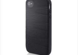 Joining the party of iPhone 4's launching on Verizon Wireless, Belkin comes again with several cases for the new iPhone. As mentioned on its press release, there are three new cases joining the party, these include Grip Vue, Grip Groove, and ProFit Armband. I don't like the armband, I don't […]