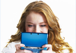 """Launched in its motherland on February 26, Nintendo 3DS still needs another 30 days to hit America and the U.K. As we know from the company's preview event, the 3DS can produce """"3D effects without the need for any special glasses"""" via a process called autostereoscopy. The system will be […]"""