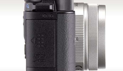 Compact and lightweight, yet boasting the functionality of a full-size digital SLR – including its own suite of lenses – the PENTAX Q is mentioned as the Smallest Digital Interchangeable Lens Camera in the world (as of June 15). Highlights: Interchangeable Q-mount lenses; 12.4 megapixel backlight CMOS sensor with SR; […]
